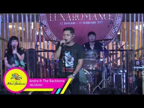 Summarecon Mal Bekasi - Andra & The Backbone #Lunaromance2017