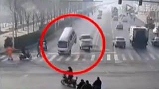 Cars LEVITATE in China - Strange Car Crash