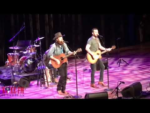 Brothers Osborne - Shoot Me Straight (LIVE)