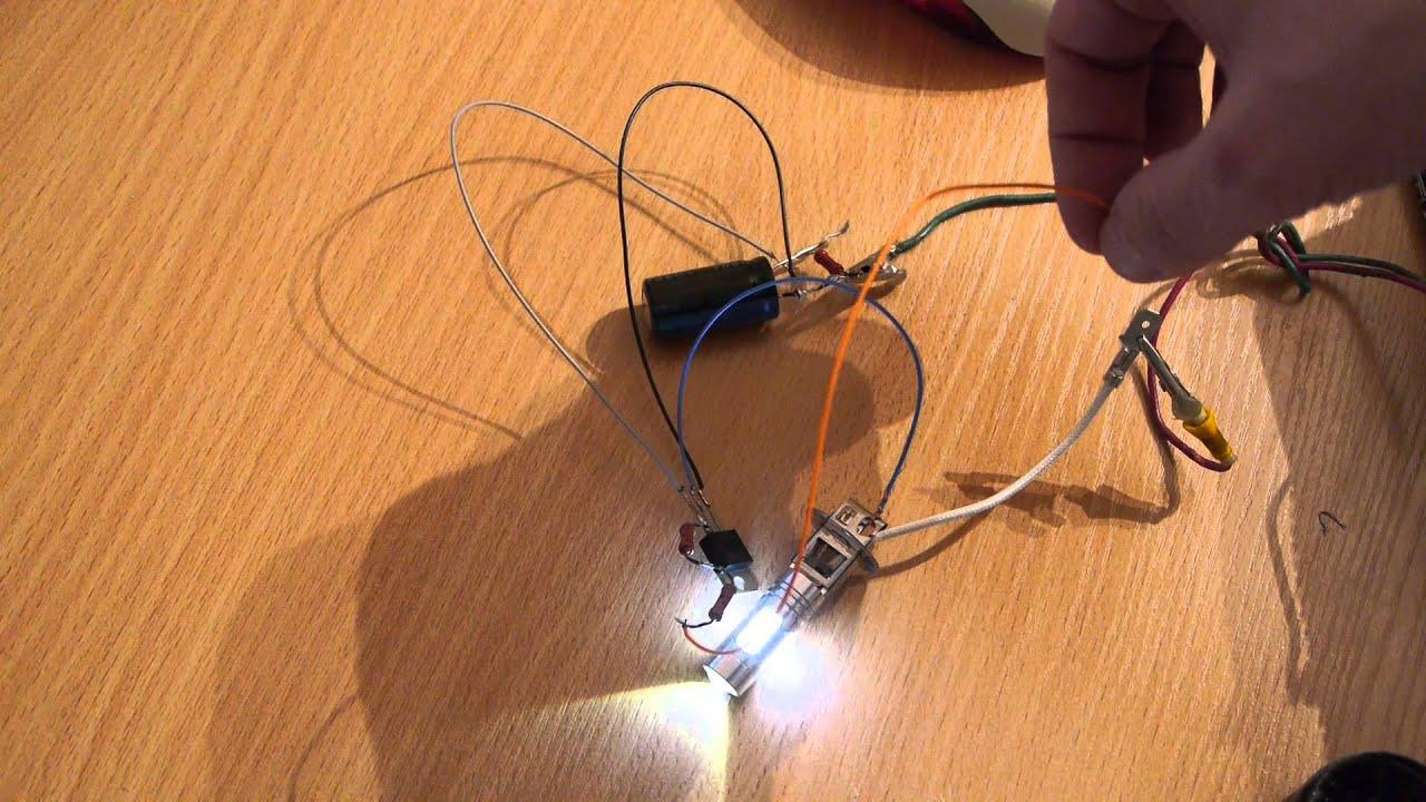 схема плавного отключения освещения в салоне авто