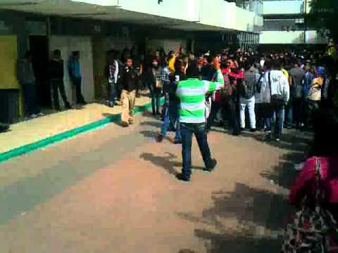 Alumnos de un colegio follandose a una linda colegiala en el patio de la escuela te dejamos las redes sociales de la putita en httpzoee6lf4 - 5 3