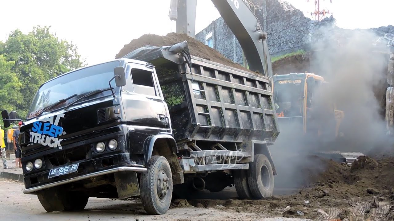 All Overloaded Dump Truck Stuck Recovery By Excavator - YouTube