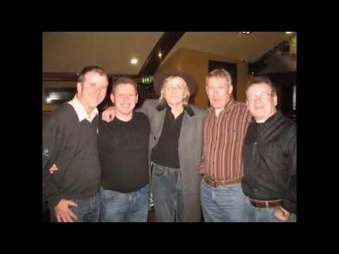 Drogheda Guitar People with PJ