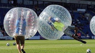 Смешная нарезка игры в бампербол, футбол в шарах