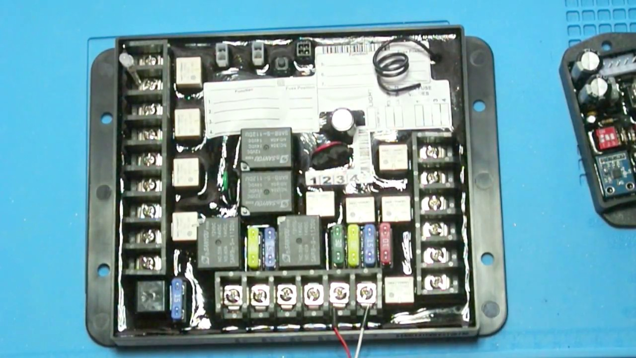 Linc Analog Remote Control Lippert RV Multi-Function 5 Output Receiver 292614