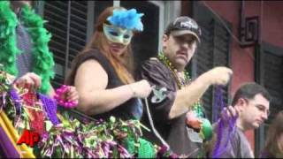 Raw Video: Mardi Gras Celebration in New Orleans