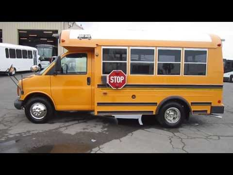 Used Mini School Bus  2001 Chevy Type A School Bus For 21 Kids Or 13 Adults With Rear Door B65532