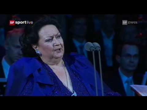 Bizet: Habanera (Carmen) - Montserrat Caballé, live Basel 2009 with Roger Federer