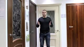 видео Выбираем двери в ванную комнату и туалет: какие лучше и почему