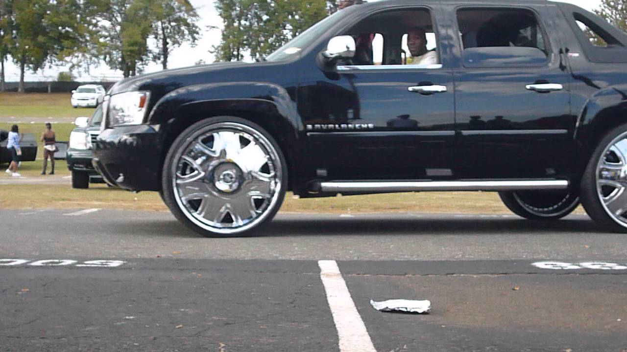 Bmw On 28s Avalanche On 30s Stunting Famu Homecoming Car Show