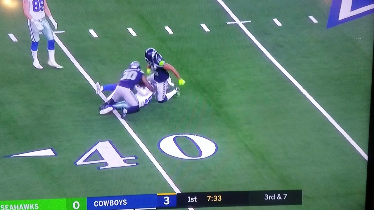 Dallas Cowboys Player Breaks Ankle Youtube