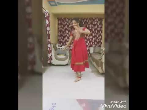 Gorya gorya Galavari-Pranita Kandalkar