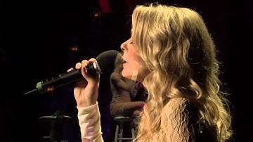 """LeAnn Rimes Performs """"The Rose""""  with The Gay Men's Chorus of Los Angeles"""