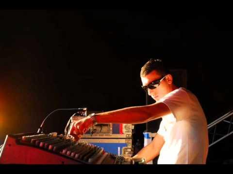 Astrix DJ Set at Global Trance Grooves 01 (2003)