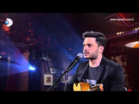 İlyas Yalçıntaş - İncirler (Beyaz Show - Canlı Performans)