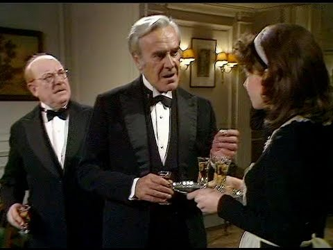 Dad's Army - Brains versus Brawn - ... Wilson!... Wilson!...