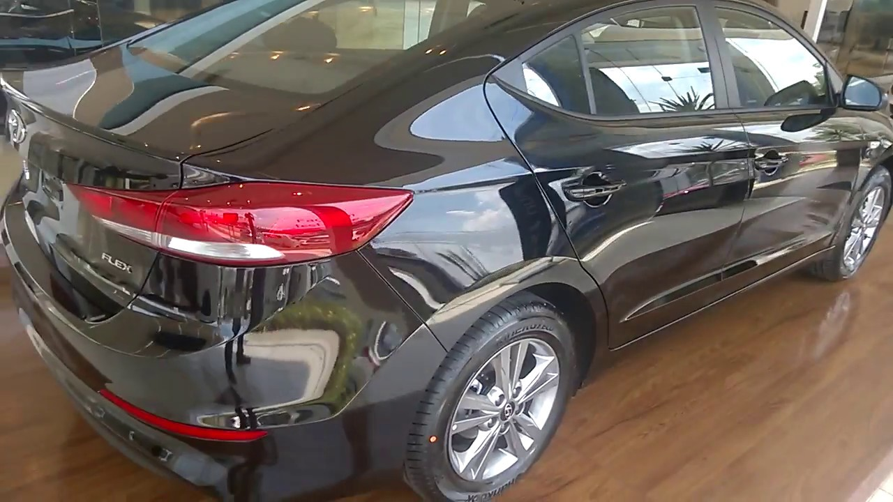 Red 2017 Hyundai Elantra >> Hyundai Elantra 2017 - Impressões do Caçador de Carros - YouTube