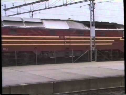 NSB Di 3 628 og Di 4 654 Trondheim 1990
