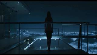 Oblivion Pool Scene Tom Cruise,Olga Kurylenko,Andrea Riseborough M83 Joseph Kosinski