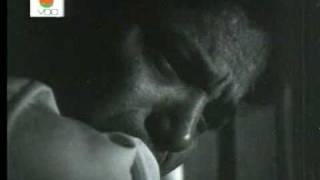Uttam Kumar & Sharmila Tagore in conversation - Nayak (Satyajit Ray) [1966]