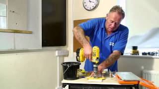 Drilling into Tiles with a Porcadrill 365 Diamond Tip Drill Bit