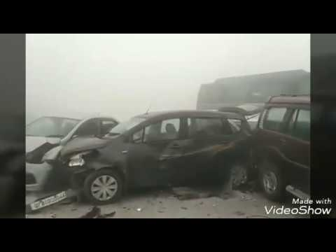 Today Fully Live cars accident on delhi ncr yammuna express due to fog 08/11/2017