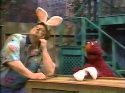 Sesame Street: Snuffy & The Talent Show [Episode 3499] (street Scenes)