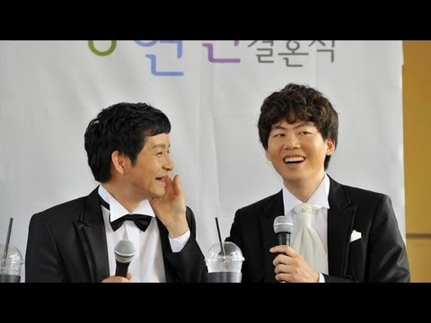 South Korean film director marries same-sex partner in public wedding
