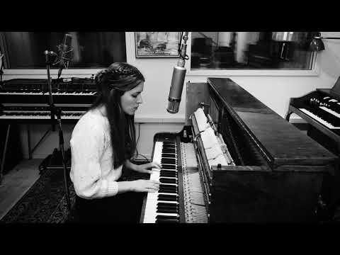 Menke - Moln (Acoustic) Mp3