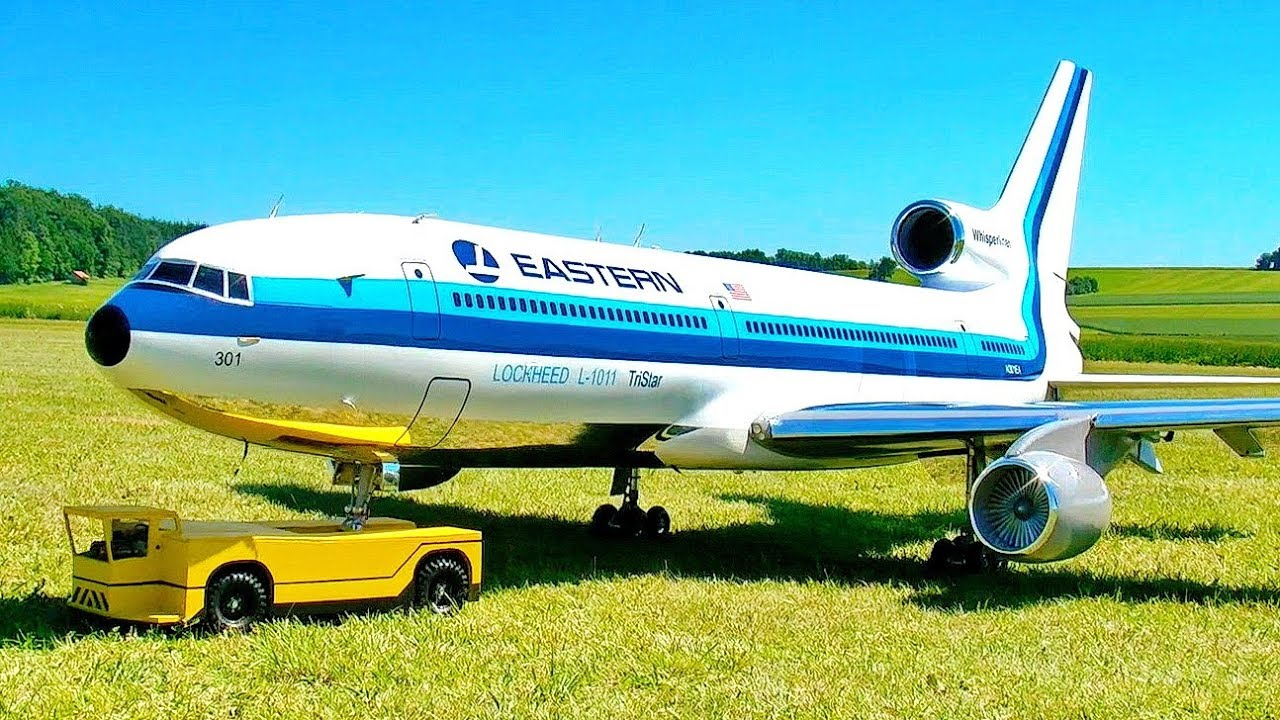 STUNNING GIANT XXXL RC LOCKHEED L-1011 TRISTAR SCALE MODEL TURBINE JET AIRLINER FLIGHT DEMO