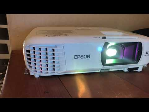 EPSON 1060 Home Cinema Projector Video Review & Demo
