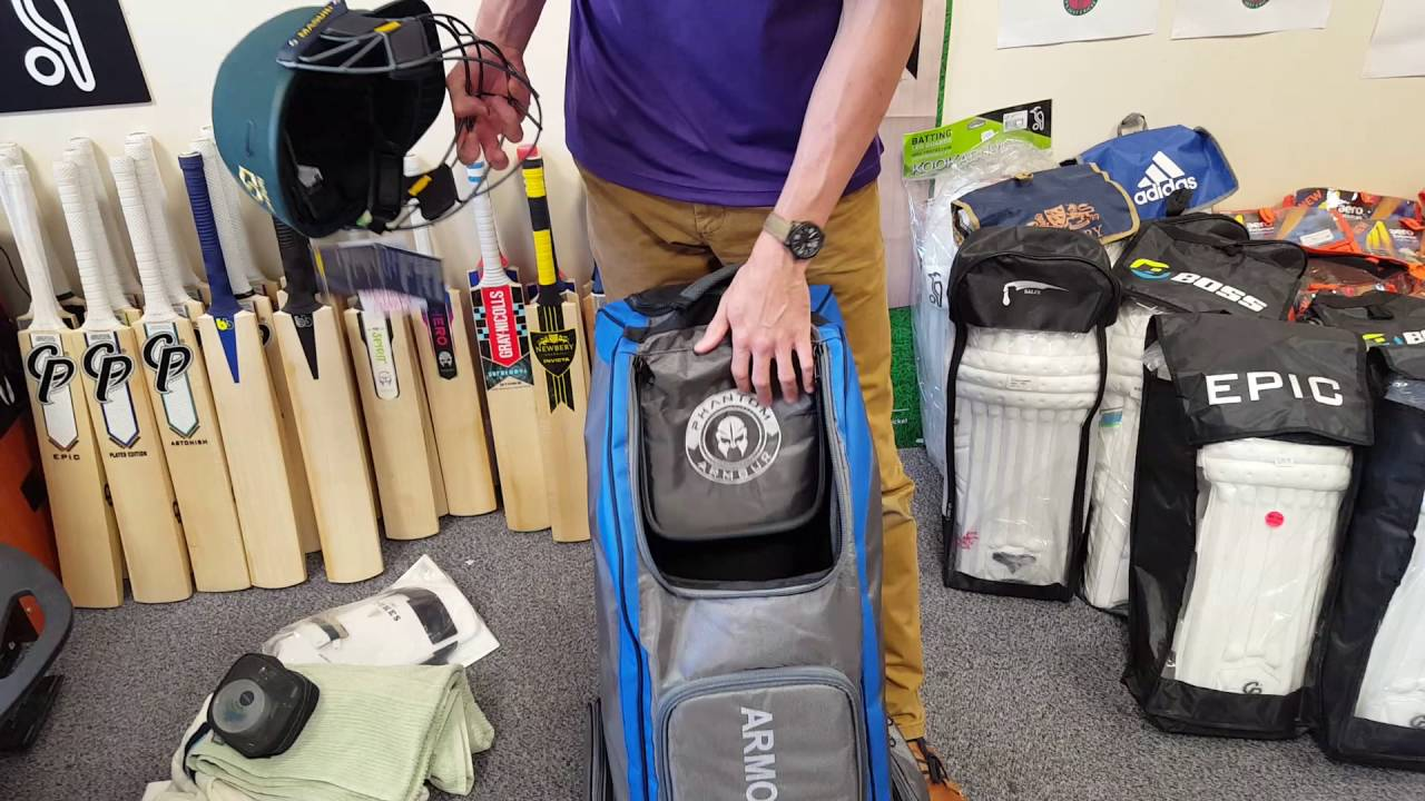 85e7ac3557d3 Phantom Armour Duffle Cricket Bag Review - YouTube