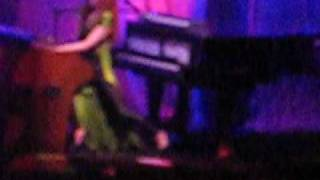 Tori Amos - Past The Mission, Adelaide 19/Nov/2009