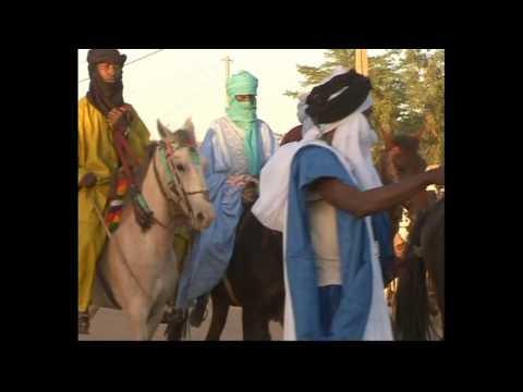 Le Mali: une destination touristique [1/4 v. française] - Comme un océan de sable 1/2