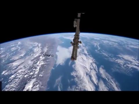 Terre Plate  le cgi du globe vue de l iss