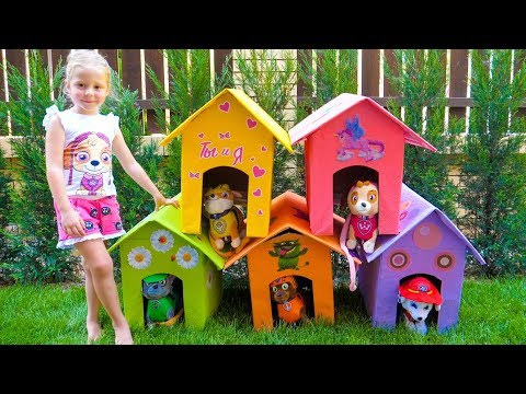 Stacy builds new playhouses for her favorite toys