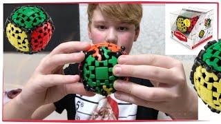 ОТЕЦ ПОДАРИЛ КУБИК РУБИК Шестеренчатый Шар . Как собрать кубик Рубик . How to Solve a Gear Ball