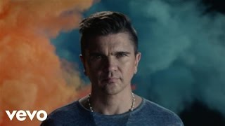 Watch Juanes Delirio video
