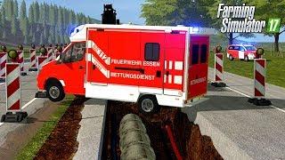 LS17 - Sanitäter stürzt mit Rettungswagen in die Baugrube von Bauhof Weber! 🚧💥
