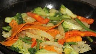 Cалат из кальмаров с овощами