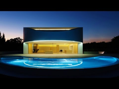 Sublime Contemporary Modern Eliptical Luxury House in Valencia, Spain by Fran Silvestre Architectos