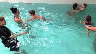 Кирилл 2,5 года-Обучение плаванию в бассейне в Минске для детей (Курсы,Секция,занятия)