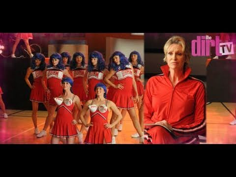 "Glee Does Katy Perry ""California Gurls"" With Sexy Cheerleaders - The Dirt TV"