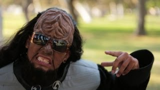 Repeat youtube video KLINGON STYLE (Star Trek Parody of PSY - GANGNAM STYLE)