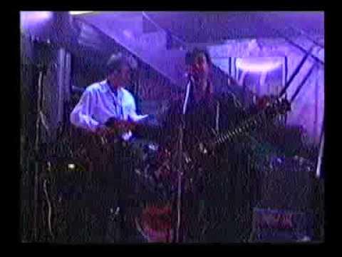 LOS DESPIADADOS 26 MZ 1994 CALLEJÓN SIN SALIDA en King Creole Bar