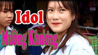 Bắt Gặp Hot Girl HOA SÚNG Đang Đi Chơi Chợ Mường Khương - Khám Phá Chợ Vùng Cao   KP247
