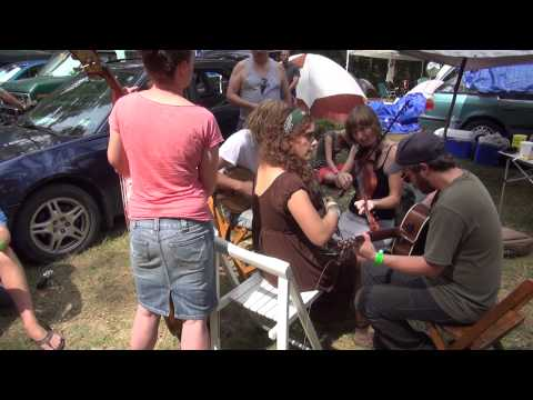 "Clifftop 2012 Camp Jam ""Jeb's Tune"""