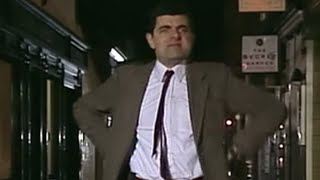 Thumbnail of Mr. Bean – Christmas Tree