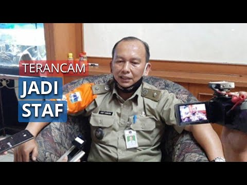 Akibat Penyalahgunaan Wewenang Pembuatan E-KTP, Pemprov DKI Menonaktifkan Lurah Grogol | tvOne from YouTube · Duration:  2 minutes 42 seconds