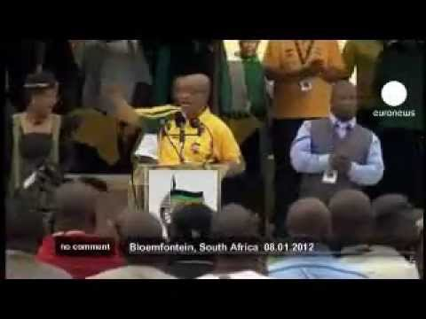Jacob Zuma sings kill the Boer